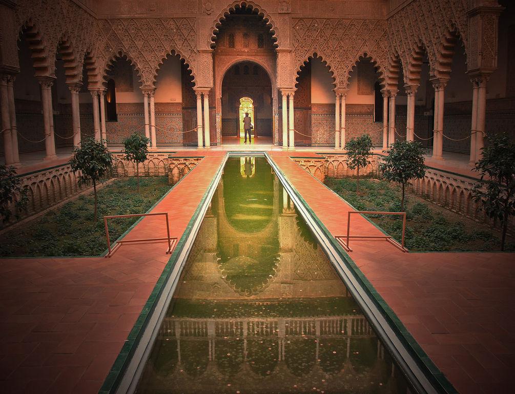 Patio du palais du real Alcazar à Séville - Photo de Maria Jose Carmona Gonzalez