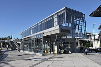 University of Washington station - The station's surface entrance, viewed from the southwest