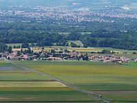 Varennes-sur-Usson village.JPG