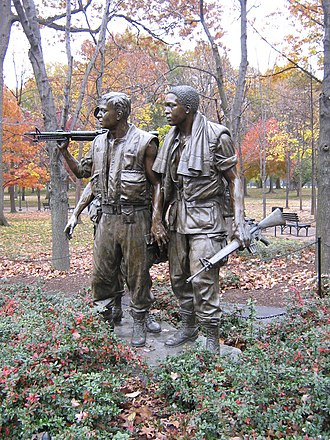 Frederick Hart (sculptor) - The Three Soldiers (1984)