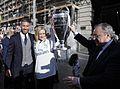 Visita del Real Madrid a la Real Casa de Correos, como campeones de la Champios League (34979476911).jpg