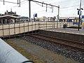 Voetgangerspassage over het spoor in Delft.jpg