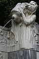 Volksgarten Kaiserin-Elisabeth-Denkmal Wien Brunnen 1b 22-09-2013.jpg