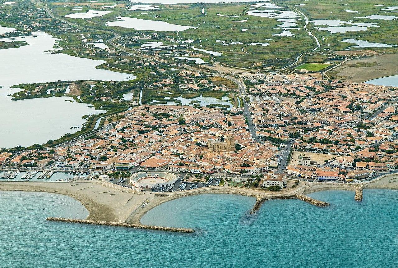 Vue aérienne des Saintes-Maries-de-la-Mer