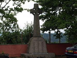War memorials in Monmouth - Image: War Memorial geograph.org.uk 903994