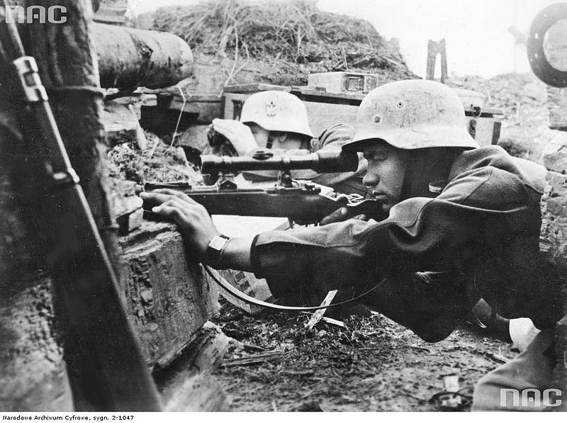 File:Wehrmacht sniper team in position 1943.jpg