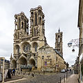 West facade of the Laon cathedral-5640.jpg