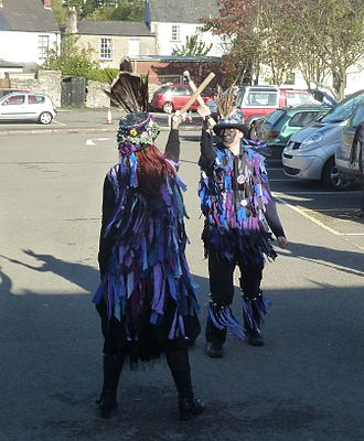 Border Morris - Widders with short sticks