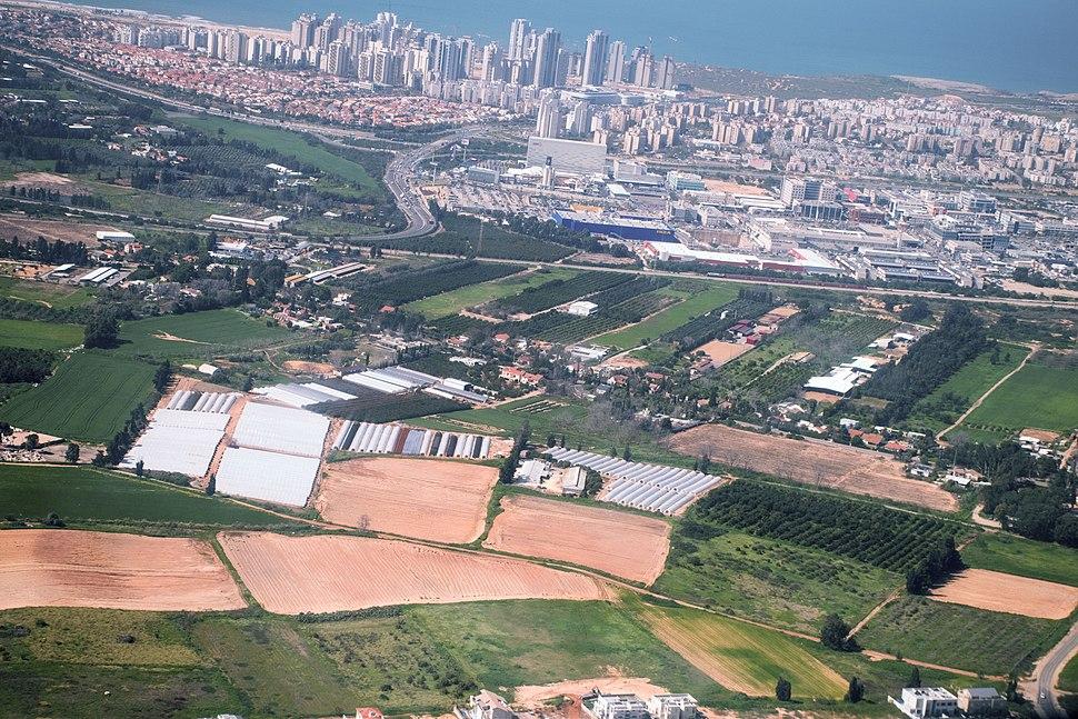 WikiAir Flight 15-01 20150226- Netanya industrial zone