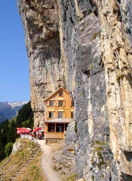 File:Wildkirchli.jpg