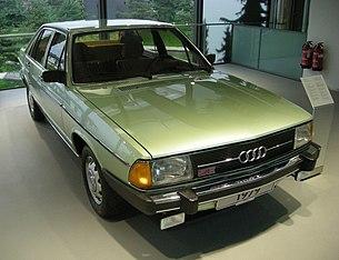 Audi 100 (C2)