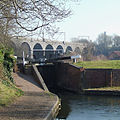 Wolverhampton Locks No 17 and Viaduct - geograph.org.uk - 699177.jpg
