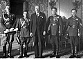 Wręczenie prezydentowi RP Ignacemu Mościckiemu odznaki pamiątkowej KOP NAC 1-A-1378.jpg
