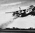 YA-7A NAN5-66.jpg
