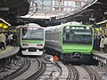 Yamanoteline new and old @shinjuku.jpg