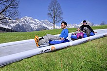 Tubing (recreation) - Wikipedia