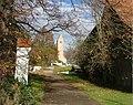 Zur Georgskirche - panoramio.jpg