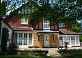 (1)Old English house Gordon.jpg