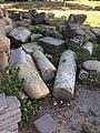 Нагромождение старых камней в Белогорске (2018, 2).jpg