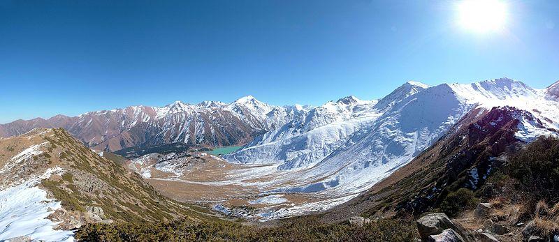 Daerah Pegunungan Tian Shan di Kazakhstan tenggara