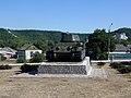 Святогорск, братская могила – танк Т-34 сзади.jpg