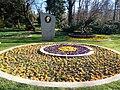 Цар Борис III в Борисовата градина.jpg