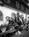 חופשת סקי באוסטריה חורף 1935 - iדר דוד עופרi btm477.jpeg