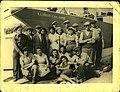 מעפילים ליד אוניית המעפילים אליהו גולומב, 1946.jpg