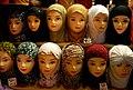 027 Suq al-Hamidia (Damasc), mocadors de cap.jpg