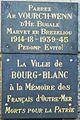 08 Bourg-Blanc Plaque du monument aux morts.JPG
