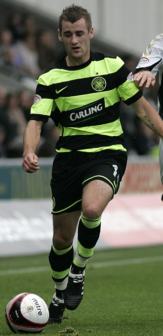 Niall McGinn - McGinn playing for Celtic in 2009