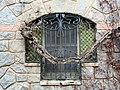 119 Casa Barbey, façana oest, finestra (la Garriga).JPG