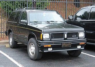 Oldsmobile Bravada - Image: 1st generation Bravada