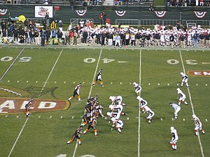 2007 Maryland Terrapins football team - The Terrapins' defense lines up against Oregon State in the Emerald Bowl.