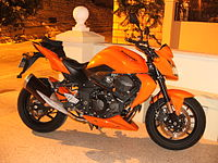 2008 Kawasaki Z750 ABS at night