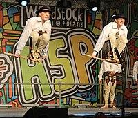 2013 Woodstock 079 Pieśni i Tańca Mazowsze.jpg
