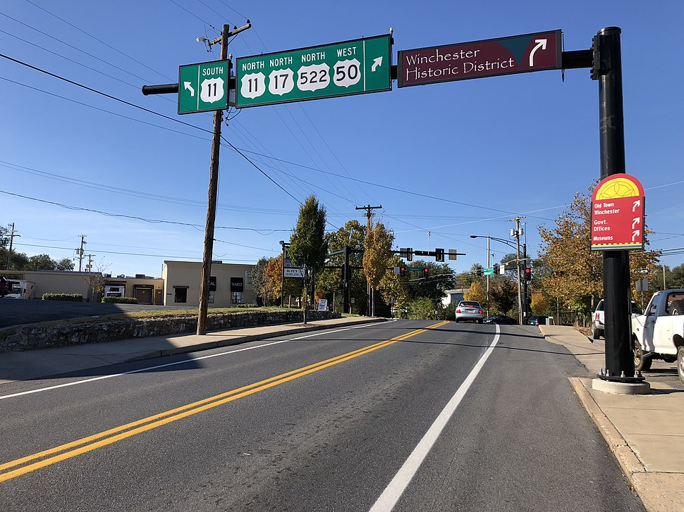2018-10-30 15 07 09 View west along U.S. Route 50 and north along U.S. Routes 17 and 522 (Millwood Avenue) at U.S. Route 11 (Gerrard Street-Cameron Street) in Winchester, Virginia