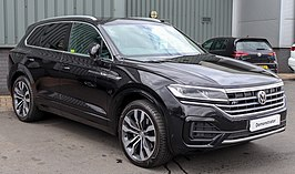 2018 Volkswagen Touareg V6 R-Line TDi Automatic 3.0 Front.jpg