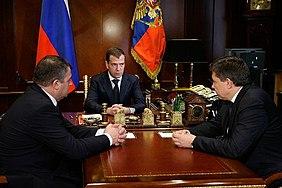 22 июня 2010 года. Дмитрий Медведев, Анатолий Сердюков, Владимир Поповкин.jpeg