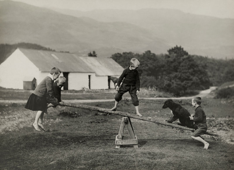 File:A dog plays on a seesaw with children in Scotland,.jpg Description English: A dog plays on a seesaw with children in Scotland, March 1919. Photograph by William Reid, National Geographic Date25 June 2014, 14:59:31 Sourcehttp://natgeofound.tumblr.com/ AuthorPhotographes du National Geographic