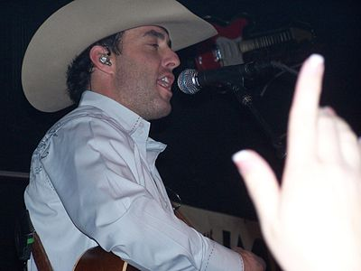 Picture of a band or musician: Aaron Watson