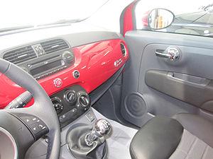 Abitacolo di Fiat 500.jpg