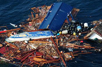 English: Japanese tsunami debris on the open o...