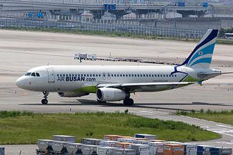 Air Busan, A320-200, HL7744 (19420517935).jpg