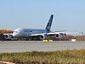Airbus A-380 (4080677947).jpg