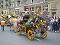 Alegorický koňský kočár na Hlavní třídě (Havířov v květech 2010).jpg