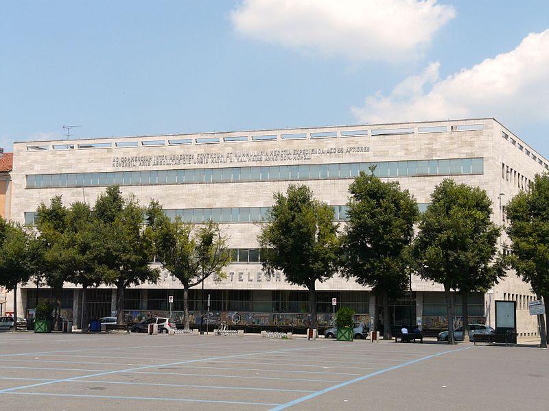 Alessandria-palazzo delle Poste.jpg