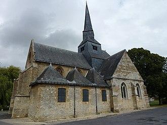 Amagne - Image: Amagne (Ardennes) église, vue latérale