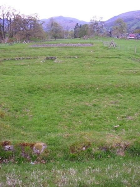File:Ambleside Roman Fort - geograph.org.uk - 170493.jpg