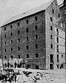 Amerikanischer Photograph um 1862 - Rhinelander Zuckerhaus (Zeno Fotografie).jpg